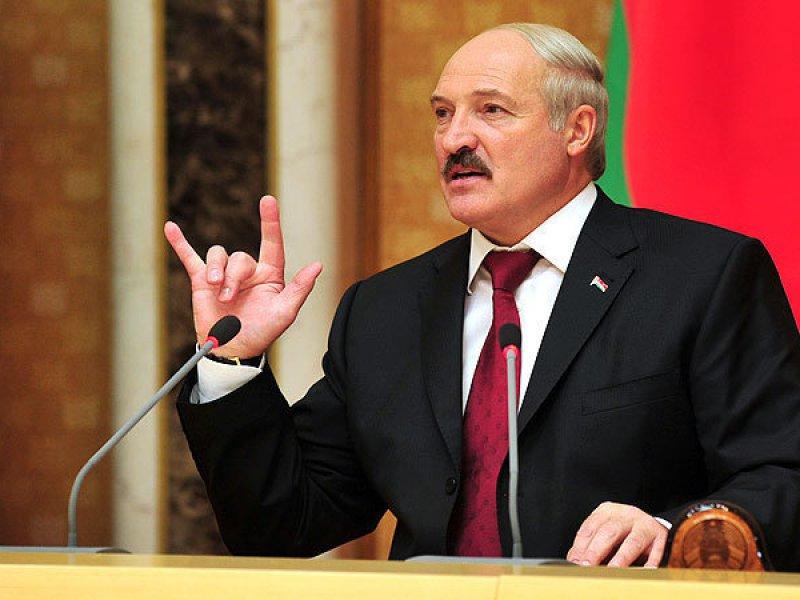 Белоруссия выставила таможенные посты на границе с Россией