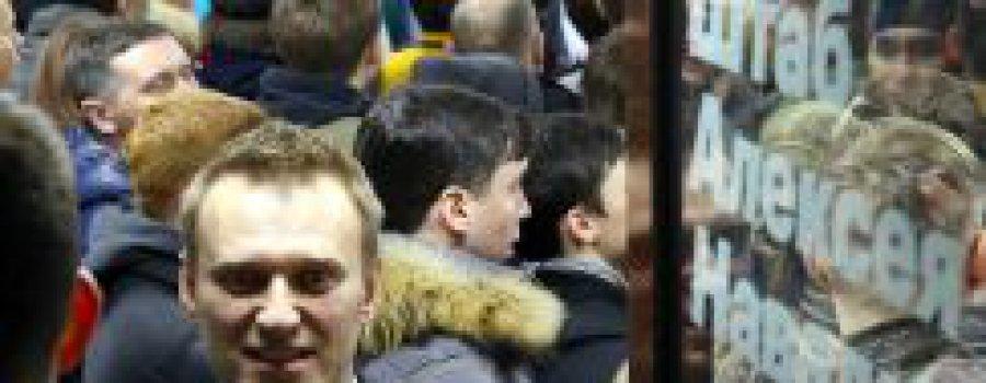 Атака Навального — блестящая попытка обелить Медведева