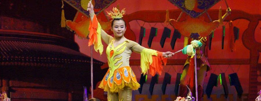 Иностранные Студенты Обучаются в Китайском Цирковом Училище